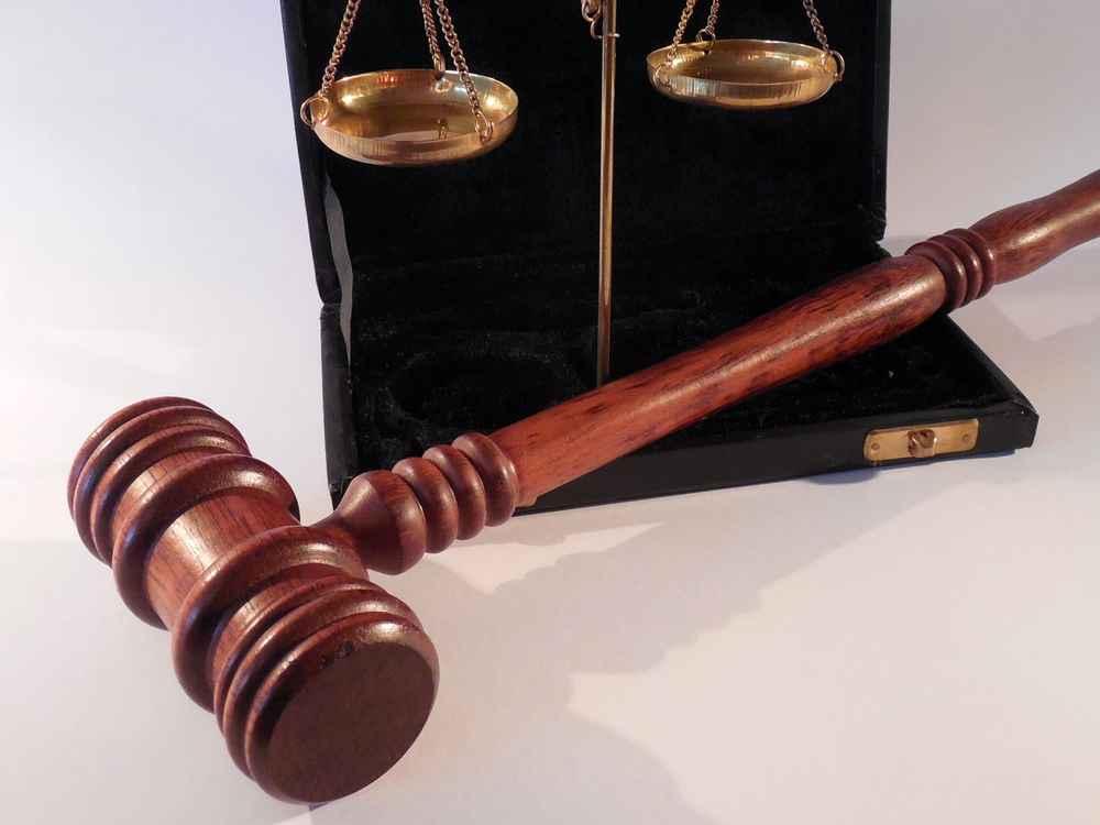 Правопреемство при споре о праве собственности
